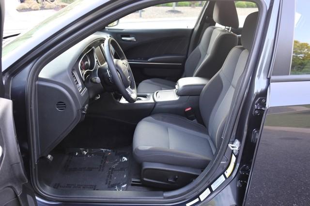 2016 Dodge Charger R/T Mooresville, North Carolina 50
