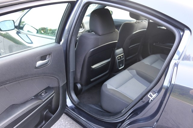 2016 Dodge Charger R/T Mooresville, North Carolina 58