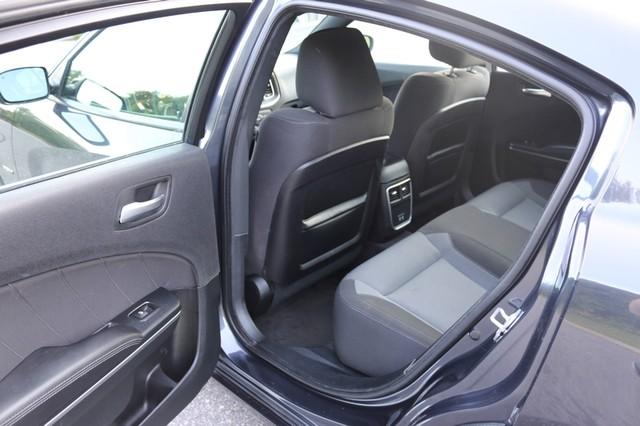 2016 Dodge Charger R/T Mooresville, North Carolina 217