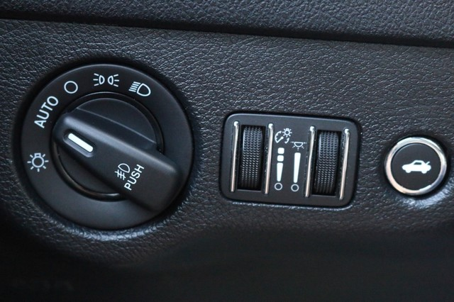 2016 Dodge Charger R/T Mooresville, North Carolina 235