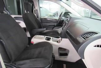 2016 Dodge Grand Caravan SXT Chicago, Illinois 9