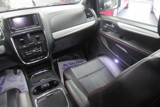2016 Dodge Grand Caravan R/T W/ NAVIGATION SYSTEM/DVD/ BACK UP CAM Chicago, Illinois 24