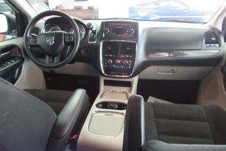 2016 Dodge Grand Caravan SXT Chicago, Illinois 14