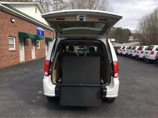 2016 Dodge Grand Caravan SXT handicap wheelchair accessible Dallas, Georgia 1