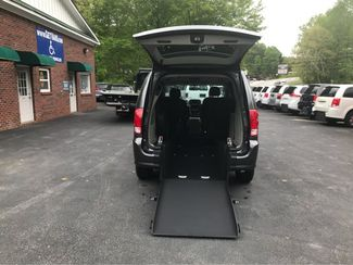 2016 Dodge Grand Caravan SXT handicap wheelchair accessible van Dallas, Georgia 1