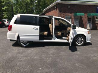 2016 Dodge Grand Caravan SXT handicap wheelchair accessible Dallas, Georgia 20