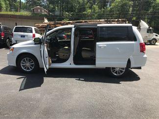 2016 Dodge Grand Caravan SXT handicap wheelchair accessible Dallas, Georgia 8
