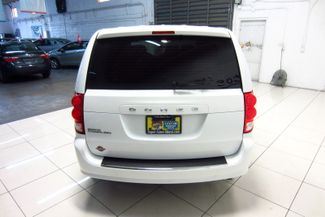 2016 Dodge Grand Caravan American Value Pkg Doral (Miami Area), Florida 5