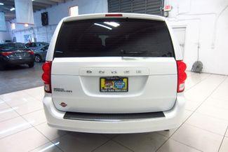 2016 Dodge Grand Caravan American Value Pkg Doral (Miami Area), Florida 37