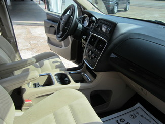 2016 Dodge Grand Caravan SXT Houston, Mississippi 7