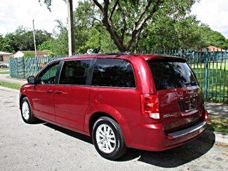 2016 Dodge Grand Caravan SXT Miami, Florida 1