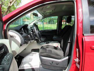 2016 Dodge Grand Caravan SXT Miami, Florida 6