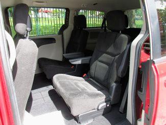 2016 Dodge Grand Caravan SXT Miami, Florida 7