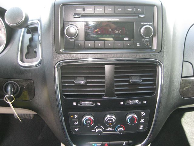 2016 Dodge Grand Caravan SE Richmond, Virginia 6