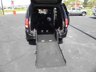 2016 Dodge Grand Caravan SE Plus Wheelchair Van Valparaiso, Indiana 6