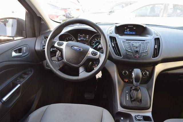 2016 Ford Escape SE Richmond Hill, New York 12