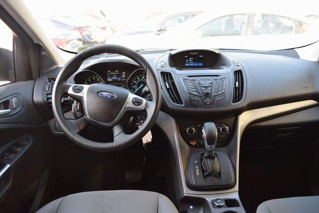 2016 Ford Escape SE Richmond Hill, New York 14