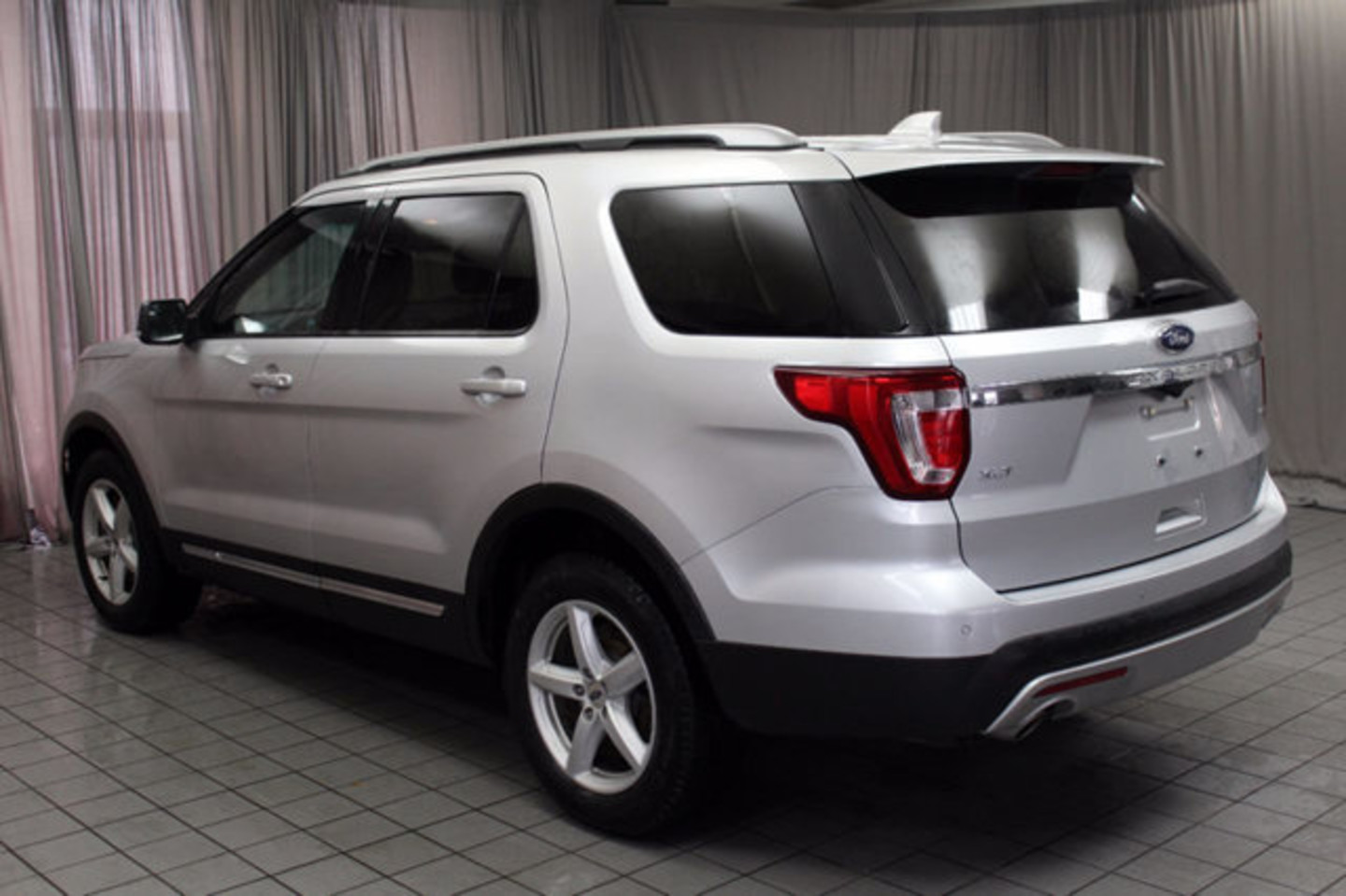 2016 ford explorer xlt city oh north coast auto mall of akron. Black Bedroom Furniture Sets. Home Design Ideas