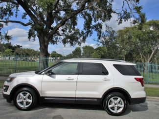 2016 Ford Explorer XLT Miami, Florida 1
