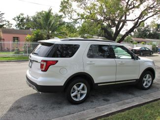 2016 Ford Explorer XLT Miami, Florida 4