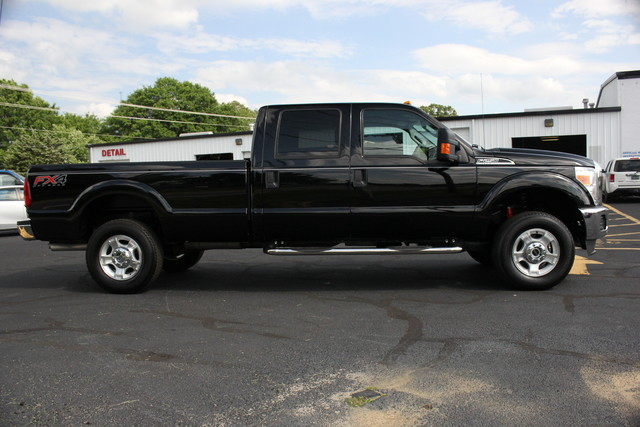 2016 Ford Super Duty F-250 Pickup XLT Mooresville , NC 3