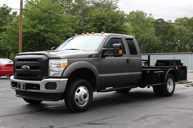 2016 Ford Super Duty F-350 DRW Chassis Cab XL Mooresville , NC 2