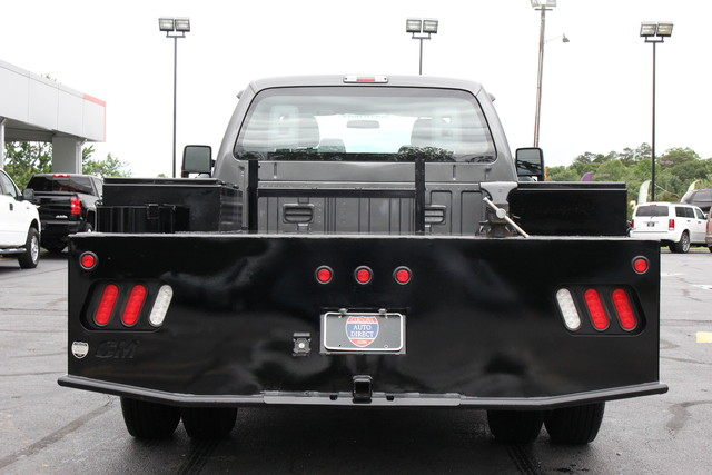 2016 Ford Super Duty F-350 DRW Chassis Cab XL Mooresville , NC 5