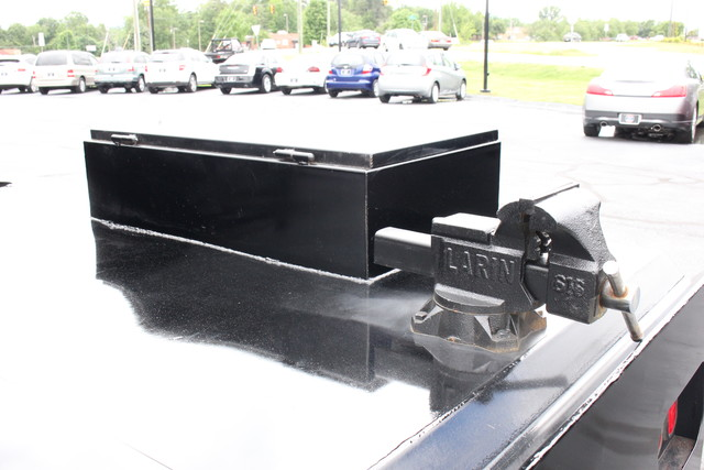 2016 Ford Super Duty F-350 DRW Chassis Cab XL Mooresville , NC 6