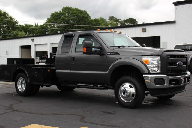 2016 Ford Super Duty F-350 DRW Chassis Cab XL - One Owner - Custom Steel Bed Mooresville , NC 10