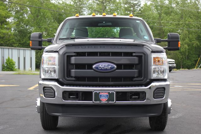2016 Ford Super Duty F-350 DRW Chassis Cab XL - One Owner - Custom Steel Bed Mooresville , NC 1