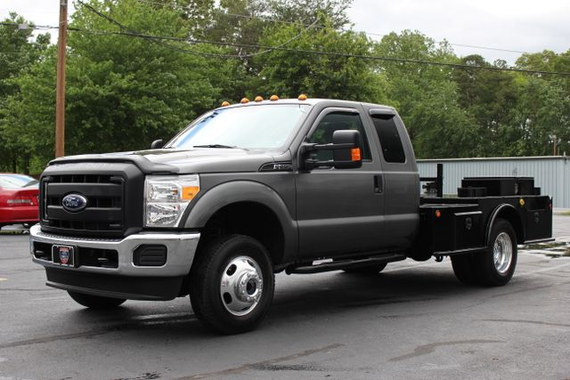 2016 Ford Super Duty F-350 DRW Chassis Cab XL - One Owner - Custom Steel Bed Mooresville , NC 2