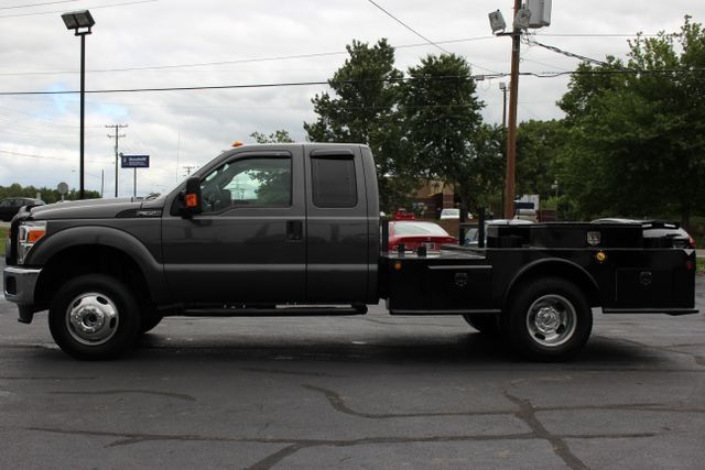 2016 Ford Super Duty F-350 DRW Chassis Cab XL - One Owner - Custom Steel Bed Mooresville , NC 3