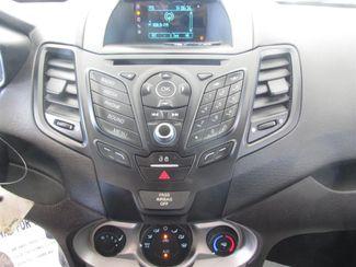 2016 Ford Fiesta SE Gardena, California 6
