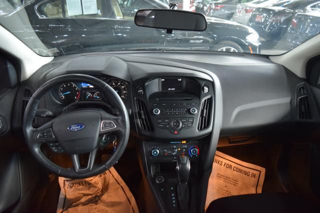 2016 Ford Focus SE Richmond Hill, New York 8