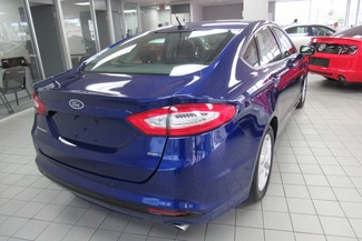 2016 Ford Fusion SE W/ BACK UP CAM Chicago, Illinois 4