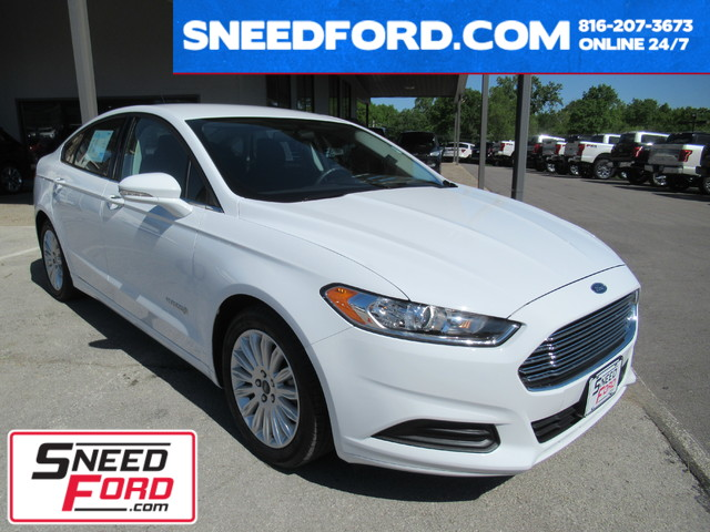 2016 Ford Fusion Hybrid SE in Gower Missouri