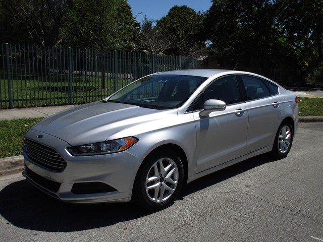 2016 Ford Fusion SE Come and visit us at oceanautosalescom for our expanded inventoryThis offer