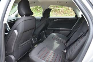 2016 Ford Fusion SE AWD Naugatuck, Connecticut 9