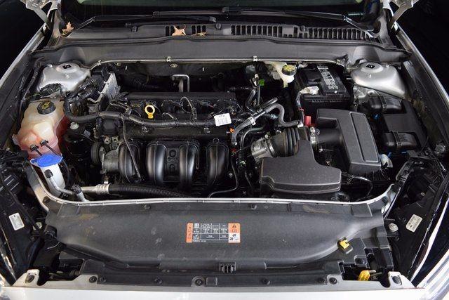 2016 Ford Fusion SE Richmond Hill, New York 4