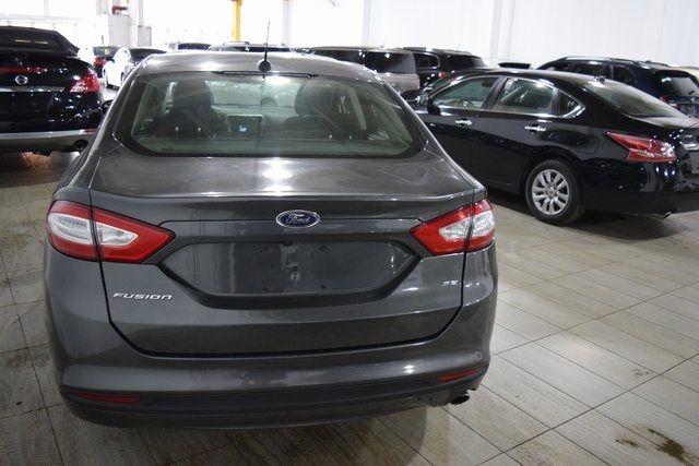 2016 Ford Fusion SE Richmond Hill, New York 8