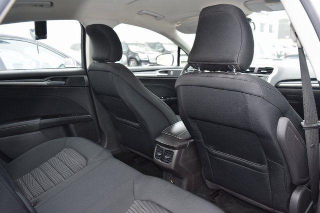 2016 Ford Fusion SE Richmond Hill, New York 29