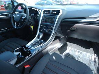 2016 Ford Fusion SE. NAVIGATION SEFFNER, Florida 16