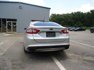 2016 Ford Fusion SE 2.0t. LEATHER. NAVIGATION SEFFNER, Florida 13
