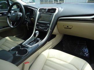 2016 Ford Fusion SE 2.0t. LEATHER. NAVIGATION SEFFNER, Florida 20
