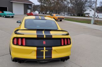 2016 Ford Mustang Shelby GT350R Bettendorf, Iowa 32