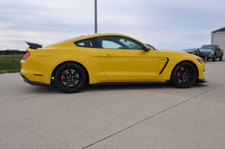 2016 Ford Mustang Shelby GT350R Bettendorf, Iowa 38