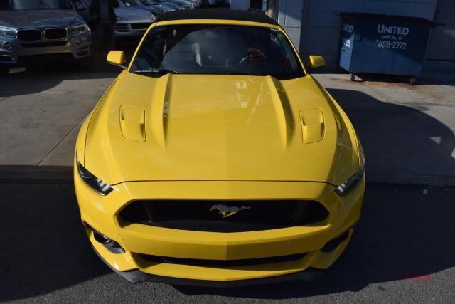2016 Ford Mustang GT Premium Richmond Hill, New York 2