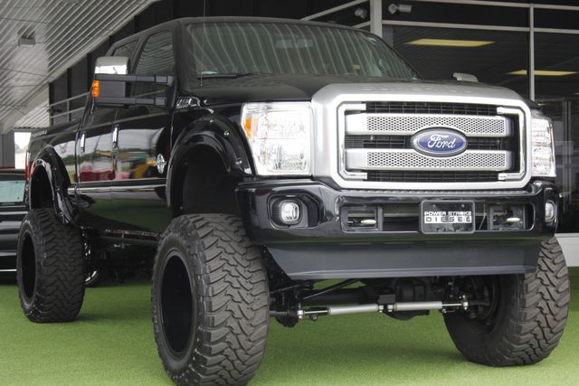 2016 Ford Super Duty F-250 Pickup Platinum Crew Cab 4X4 - LIFTED! Mooresville , NC 27