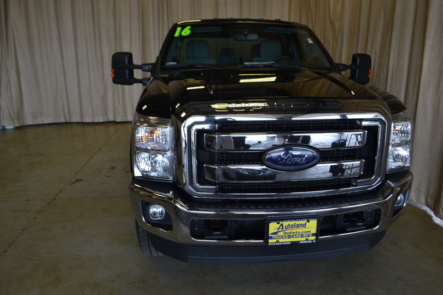 2016 Ford Super Duty F-250 Pickup XLT Roscoe, Illinois 9
