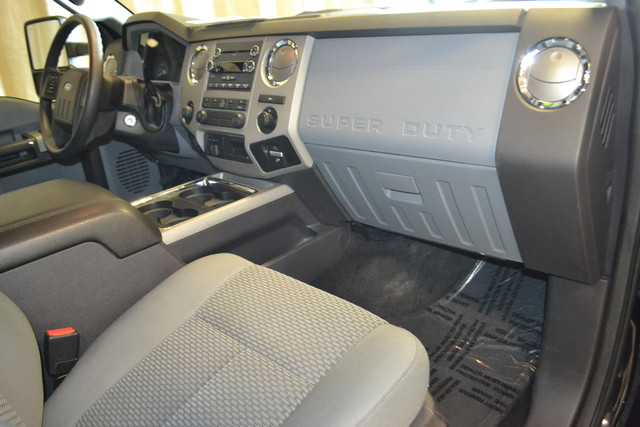 2016 Ford Super Duty F-250 Pickup XLT Roscoe, Illinois 15